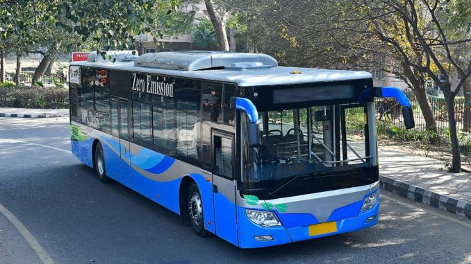 Surat Municipal Corporation to add 150 e-buses on the road till 2021